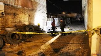 Diyarbakır'da sokak ortasında düzenlenen silahlı saldırı! Bilanço 1 ölü