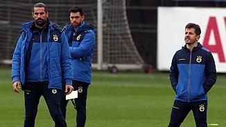 Fenerbahçe kadro kurmakta zorlanıyor