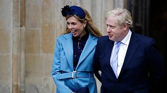 İngiltere Başbakanı Johnson'ın babalık sevinci!