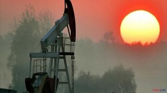 Korona darbesine karşı OPEC ülkelerinden günlük petrol üretiminde 10 milyon varil kesinti kararı