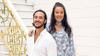 Pelin Akil ve Anıl Altan'ın ikiz kızları Alin ve Lina'nın 1. Yaş gününü sosyal medyada kutladılar