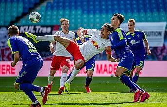 Bundesliga'da RB Leipzig ,Freiburg engeline takıldı