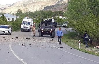 Erzincan'da jandarma minübüsüne EYP'li saldırı! 1 asker yaralı