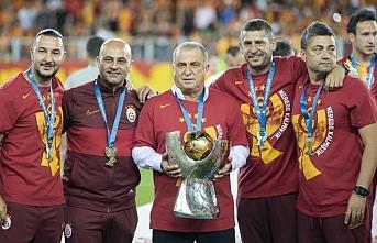 Galatasaray'da şok ayrılık! Resmen açıklandı