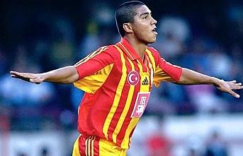 Galatasaray'ın eski süper yıldızı Emre belözoğlu'nu neden sansürledi?