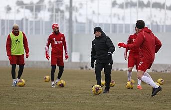 Sivasspor'da Süper Lig hazırlıkları son sürat devam  ediyor