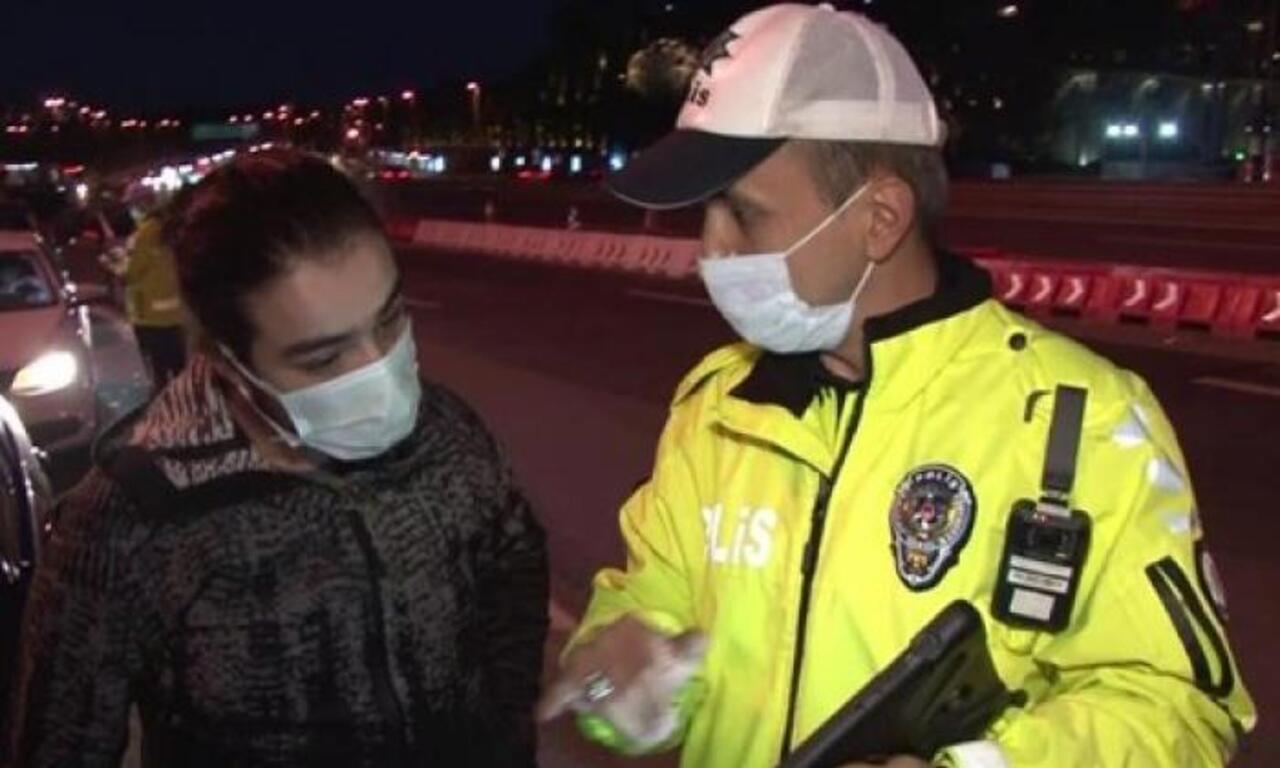 Trafik polisinin ingilizcesi tercümanlara taş çıkarttı!