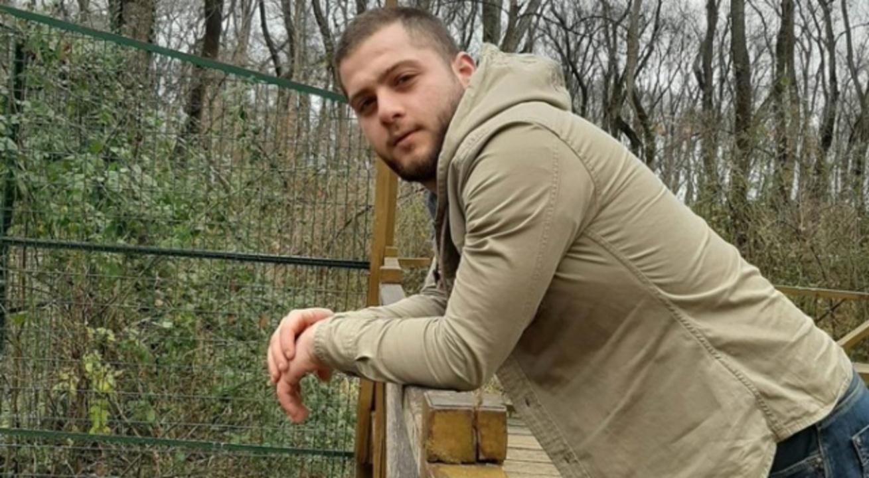 Samsun'da 22 yaşındaki genç evinin önünde vurularak öldürüldü
