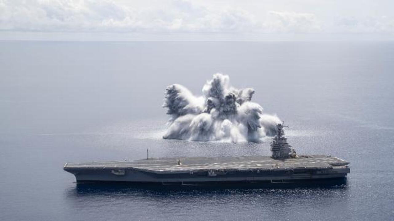 ABD savaş gemisi üzerinde patlayıcı test uyguladı! 3,9 büyüklüğünde deprem yarattı!