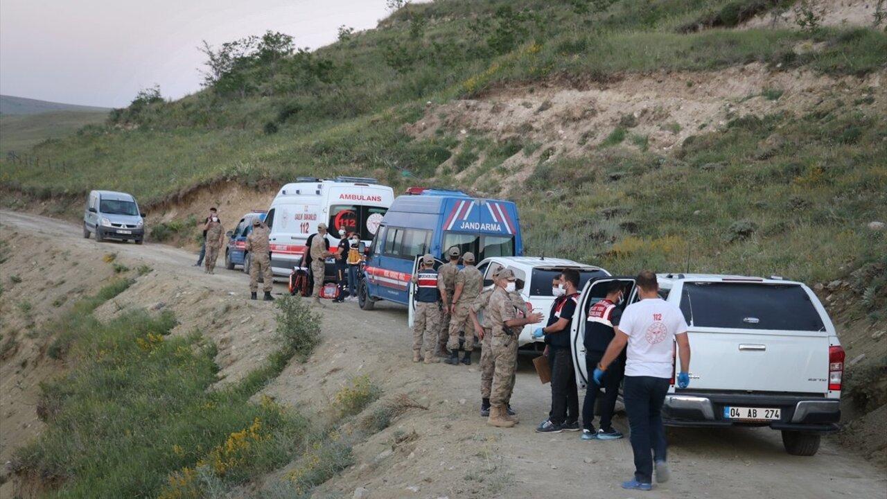 Ağrı'da bir haftadır kayıp olan genç baraj kenarında ölü olarak bulundu