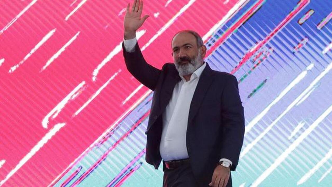 Ermenistan'da ilk sonuçlar belli oldu! Seçimi Paşinyan'ın partisi kazandı!