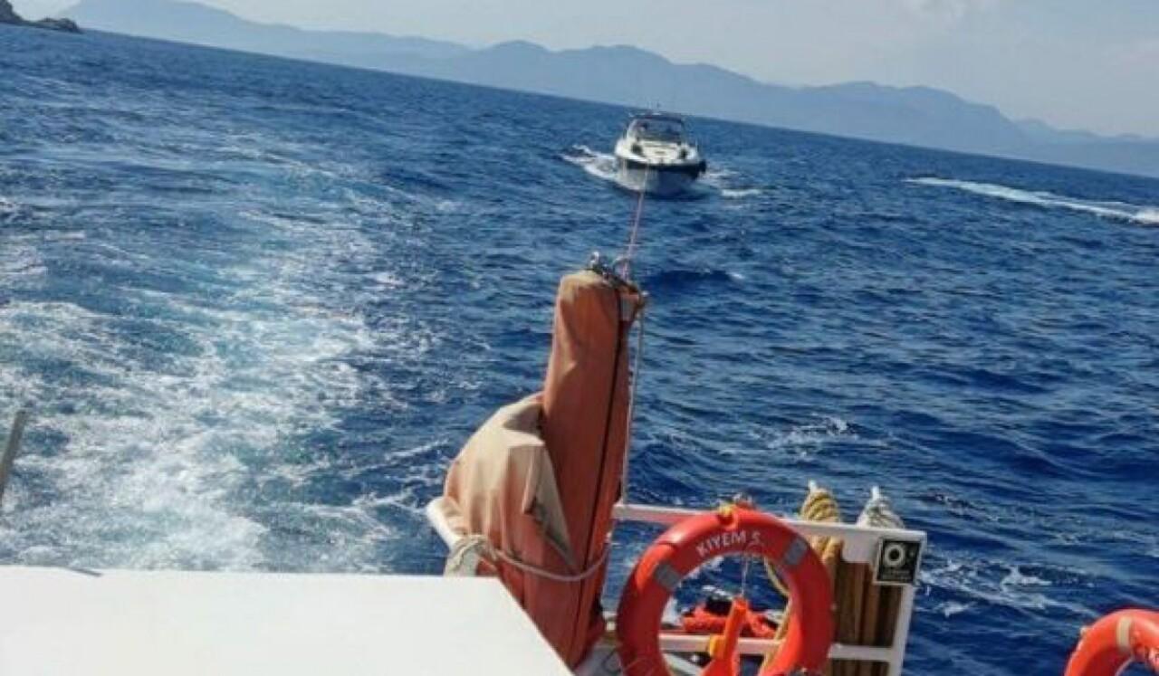 Fethiye'de teknenin makine dairesinde yangın çıktı