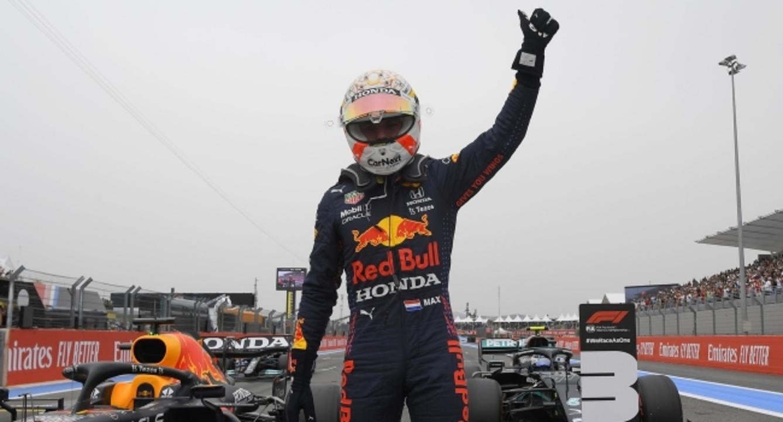 Fransa'da pole pozisyonunun sahibi Verstappen oldu!