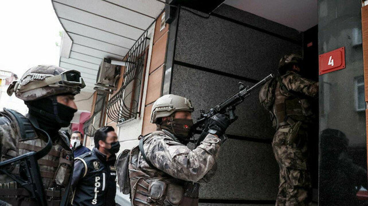 İstanbul'da farklı suçlardan aranan 57 kişi yakalandı