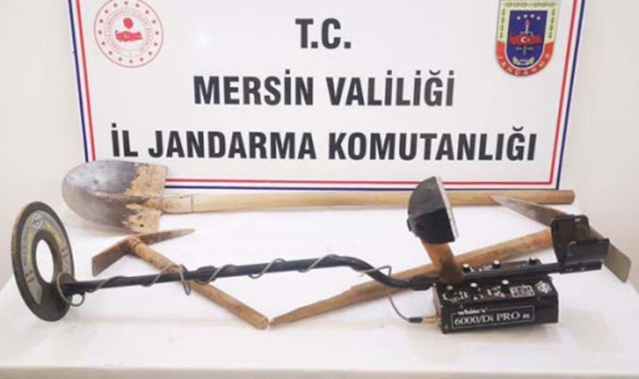 Mersin'de kaçak kazı operasyonu: 8 gözaltı