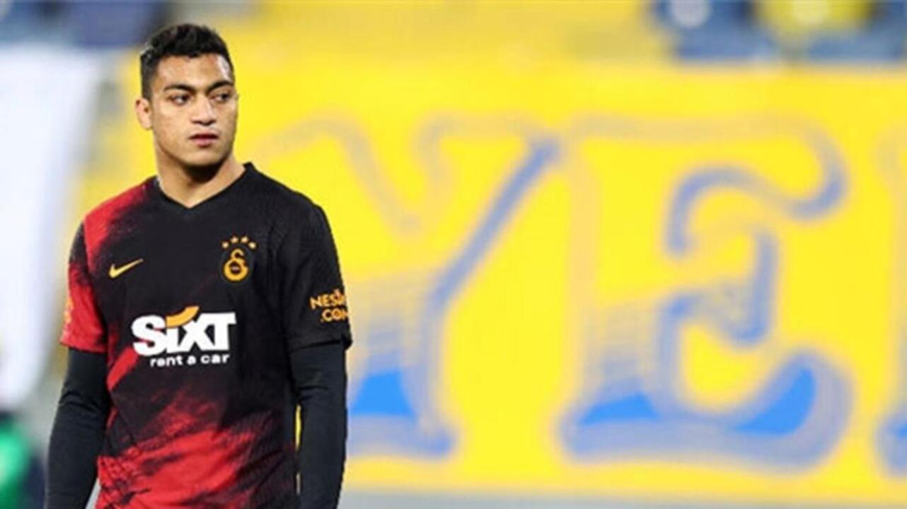 Mostafa Mohamed, Dinamo Bükreş'le oynana hazırlık maçında sakatlandı