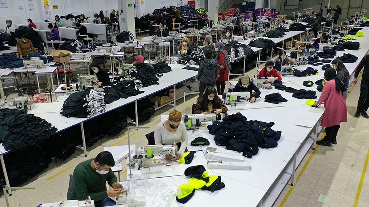 Tekstilkent Projesi ile  Şırnak'ta 2 bin kişiye iş istihdamı