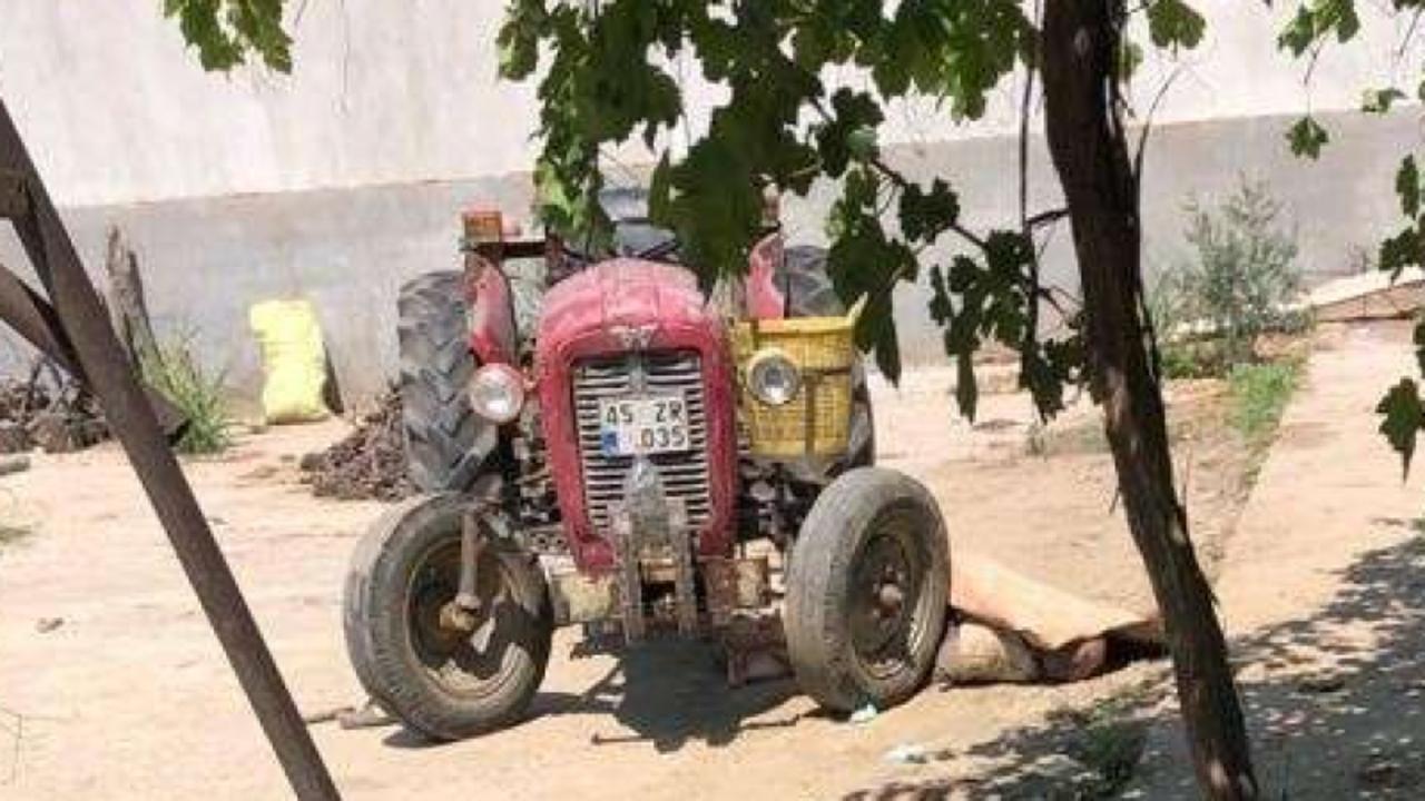 Traktör sürerken kalp krizi geçirdi!