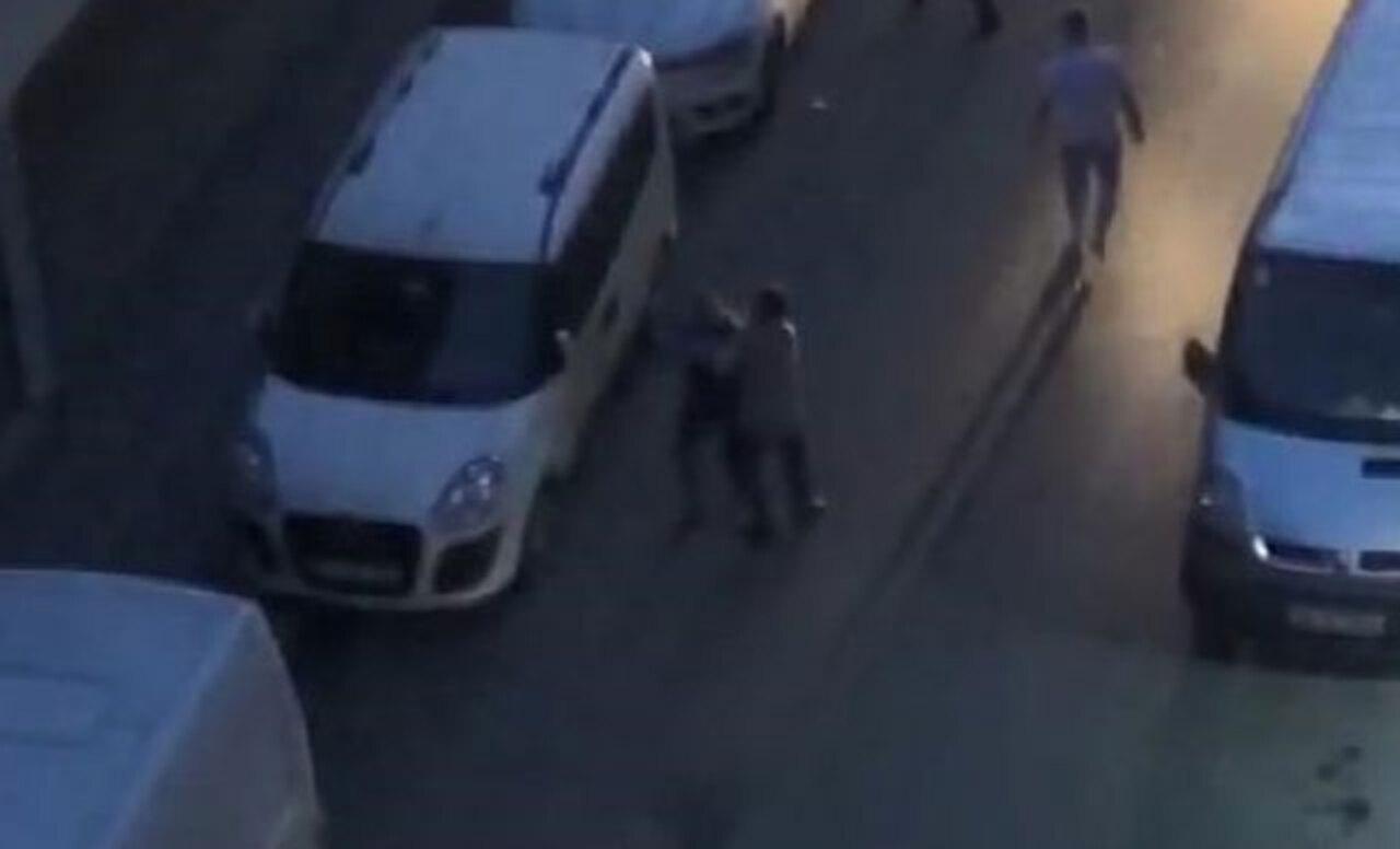Zeytinburnu'nda bıçaklı kavga: 2 yaralı
