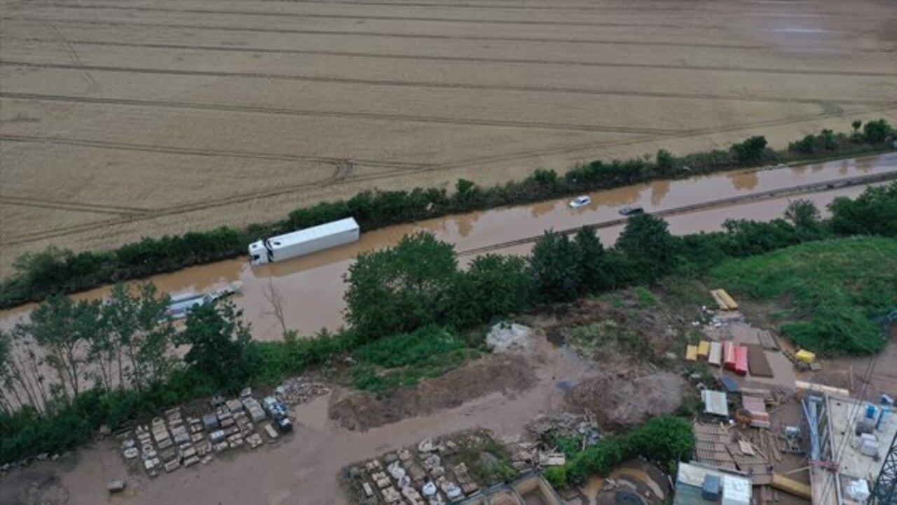 Almanya'daki sel felaketinde hayatını kaybedenlerin sayısı 133'e yükseldi