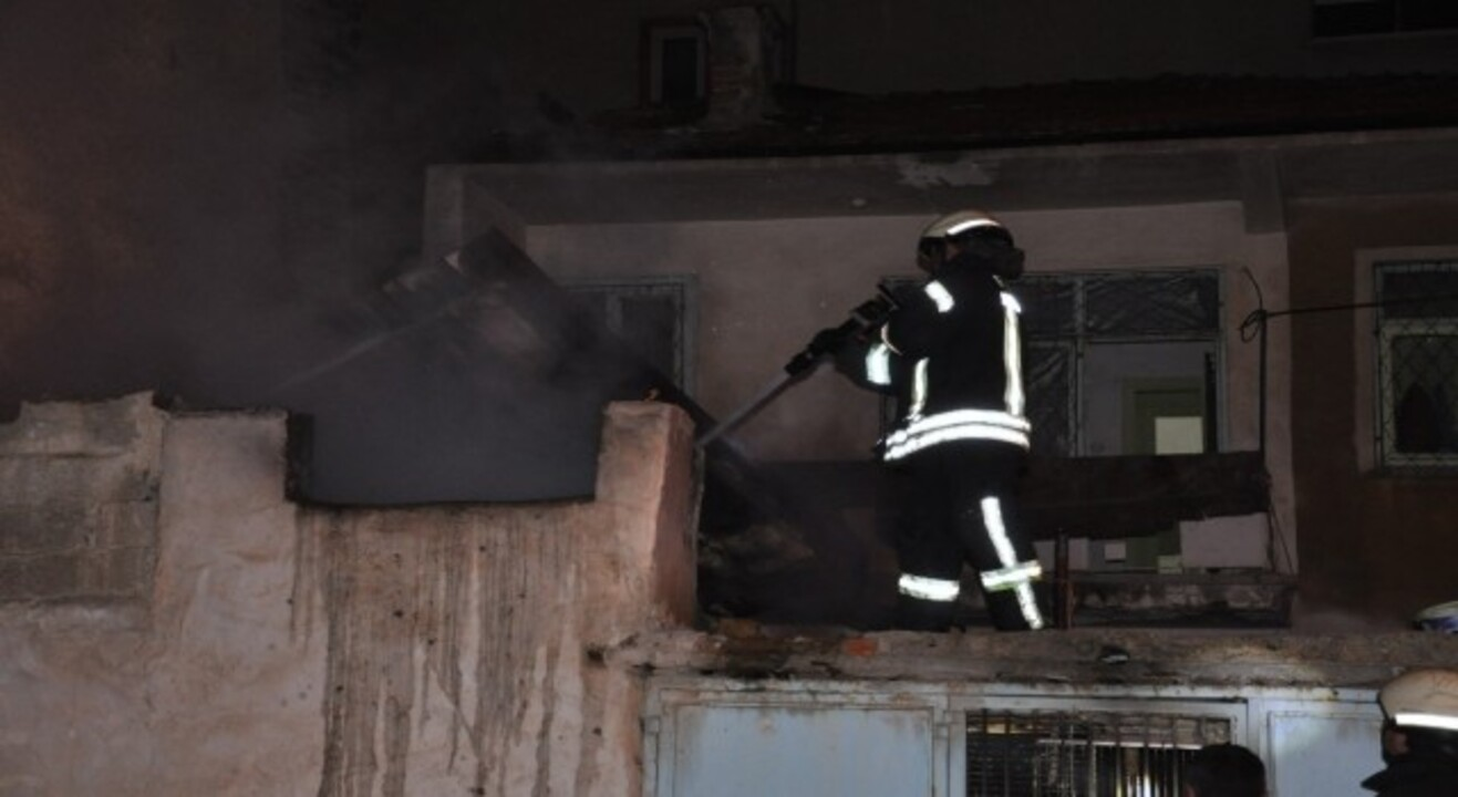 Hatay'da müstakil evde çıkan yangın korkuttu
