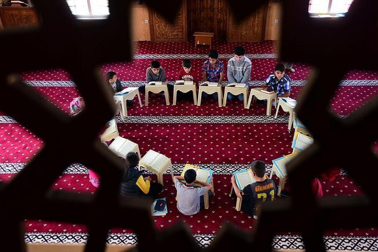 Bursa'da yatılı Kur'an kursunda kolonya ile oynayan çocuk yandı