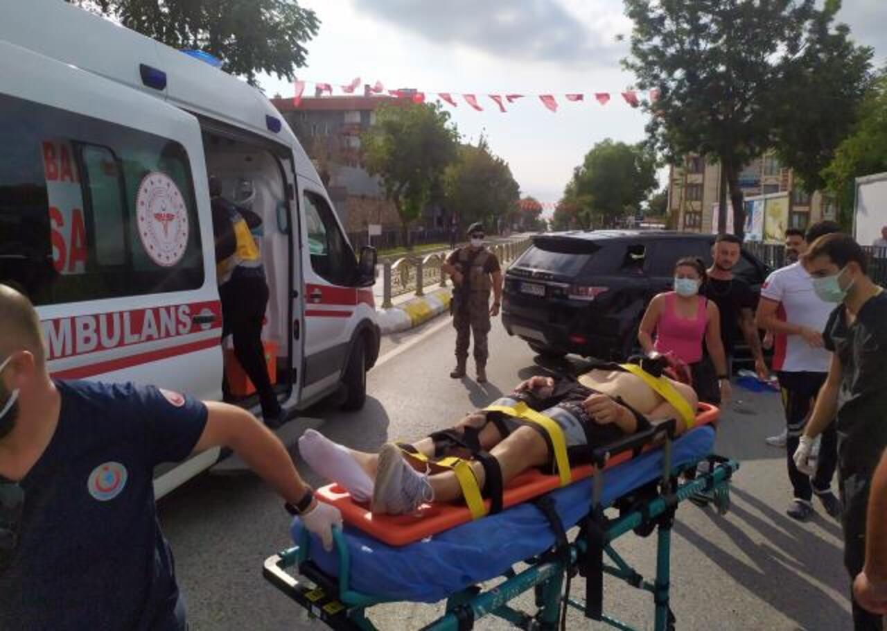 Edirne'de 30 Ağustos tören alanında ciple motosiklet çarpıştı