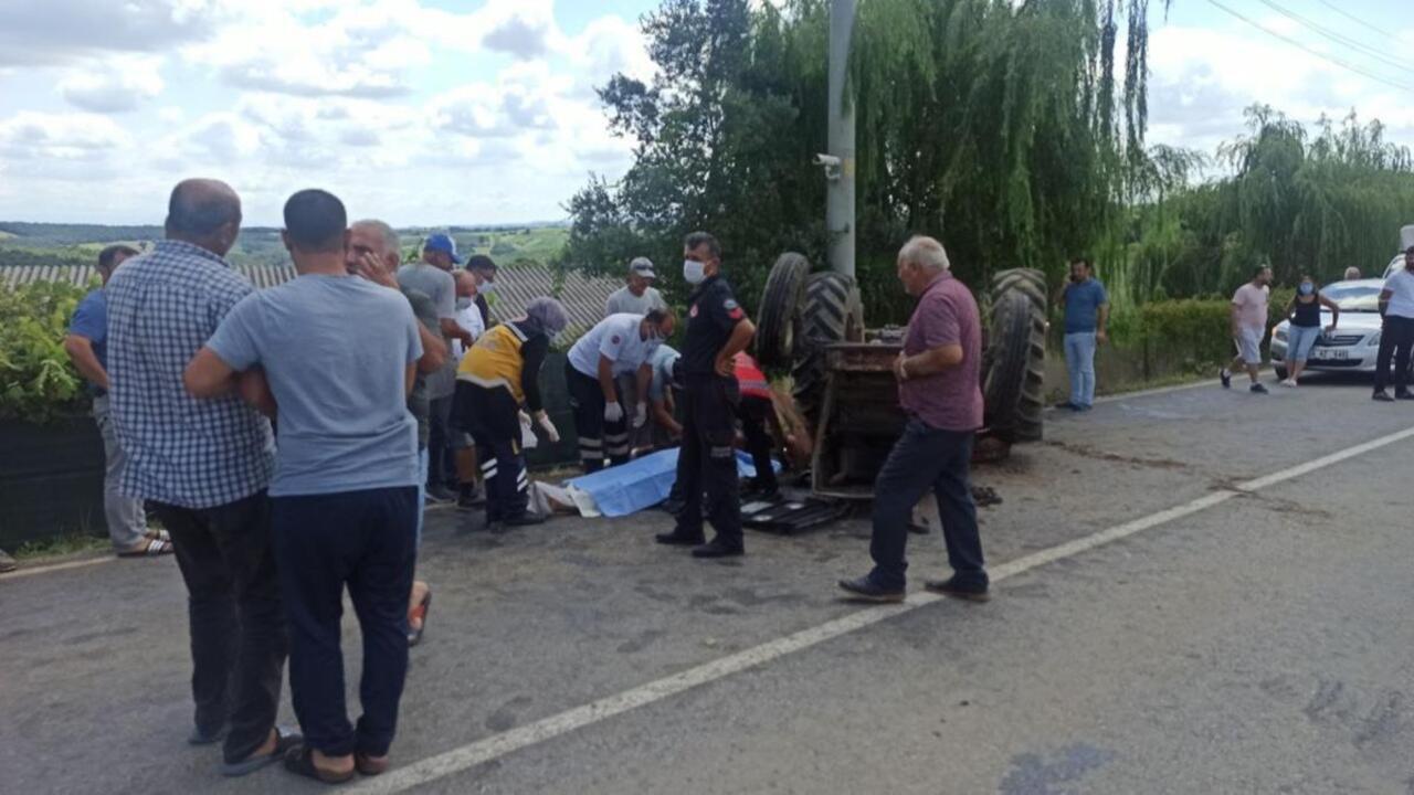 Kocaeli'de devrilen traktörün altında kalan yaşlı adam hayatını kaybetti