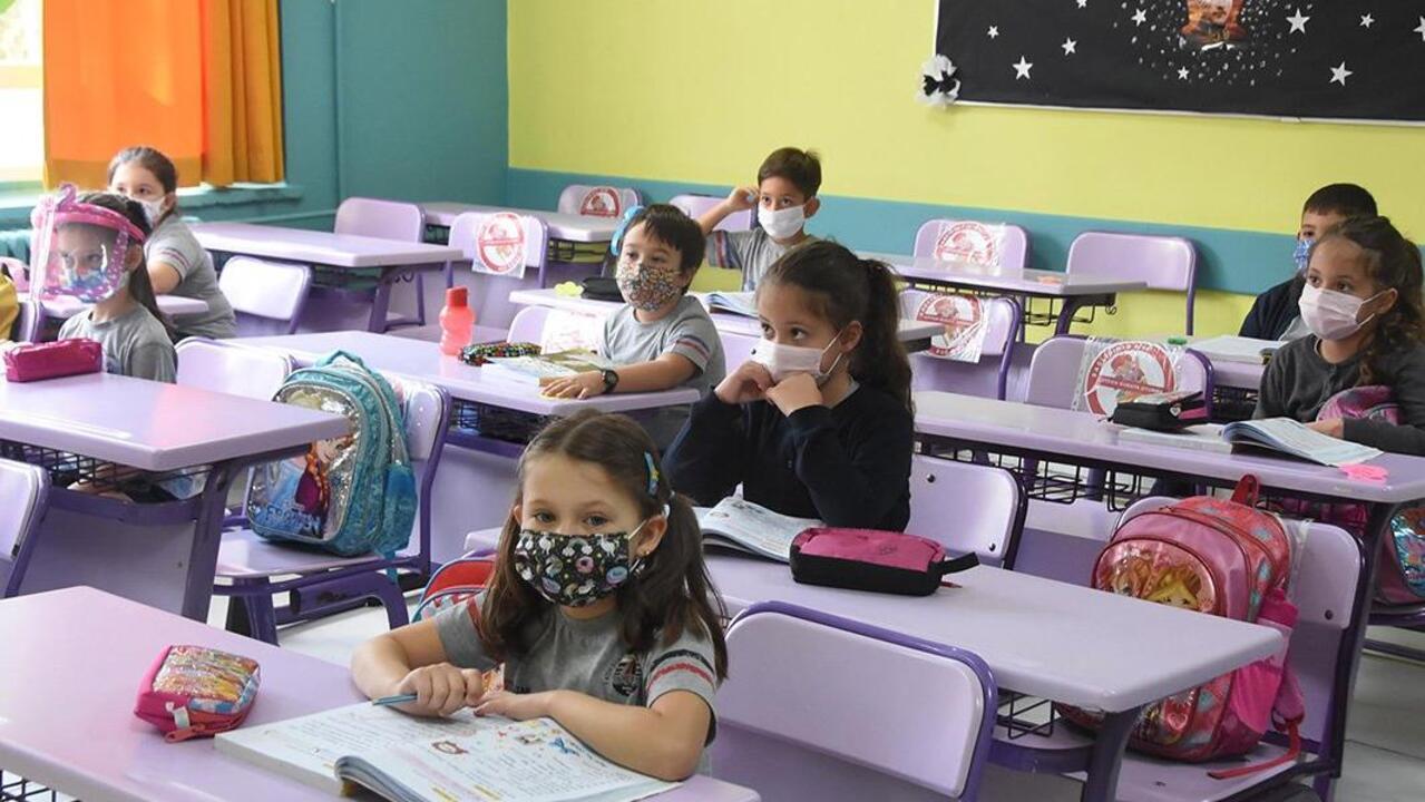 Samsun'da iki öğrencinin testi pozitif çıktı! Bir sınıf karantinaya alındı