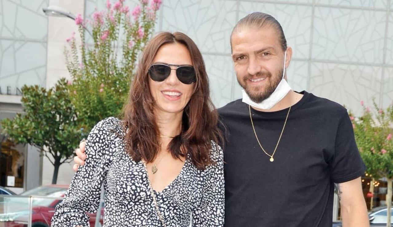 Caner Erkin'den eşi Şükran Ovalı'ya 2 milyon liralık sanat hediyesi
