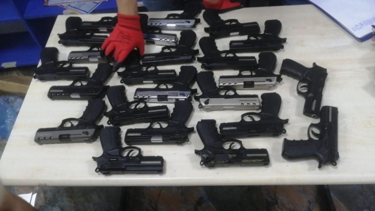 Konya'dan Isparta'ya ruhsatsız silah satmak için gelen iki kişi tutuklandı