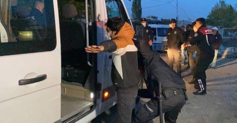 Tekirdağ'da yurda yasa dışı yollarla giren 9 düzensiz göçmen yakalandı